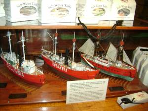 Three generations of Columbia Bar lightships, by Henry Schaefer
